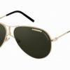 Inspiration héritage et nouveaux codes de styles pour les lunettes solaires et optiques Carrera