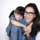 La marque de lunettes Alain Afflelou surfe sur la tendance mère-fille pour sa nouvelle collection été !
