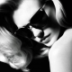 Versace lance une nouvelle collection de lunettes haute couture: la January J Collection