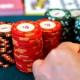 Tricherie au poker avec des lentilles de contact high-tech dans le sud de la France