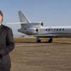 Alain Afflelou réagit après la découverte de 700 kg de cocaïne dans son jet privé