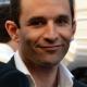 Lunettes en ligne: baisses de prix de 30 à 40% selon Benoit Hamon